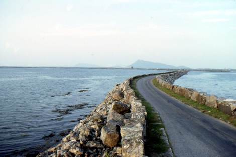 North Ford causeway between Benbecula and North Uist