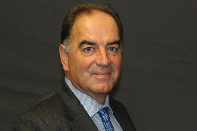 Headshot of Dr Sean O' Kelly